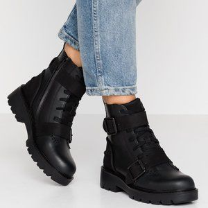 UGG Noe Boots Buckle Black Leather Combat 6.5 NEW